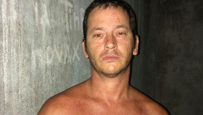 0692b4860f3 Homem é preso por tráfico de drogas e receptação de veículo roubado ...