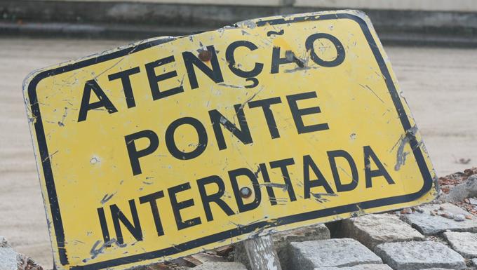 Promessa é Dívida Afirma Frase Estampada Na Ponte Bulcão Viana