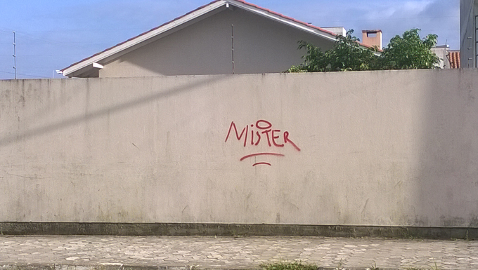 Pichações com siglas de facções criminosas rivais assustam moradores ... 113ecf8169