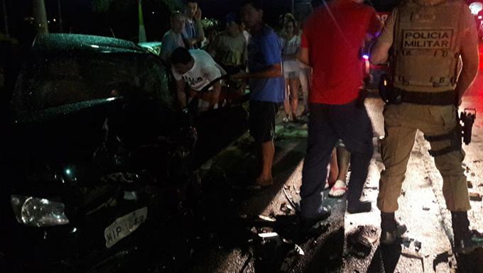 5420eb3d1f Bombeiros de São João Batista e uma ambulância do SAMU (serviço atendimento  móvel de urgência)